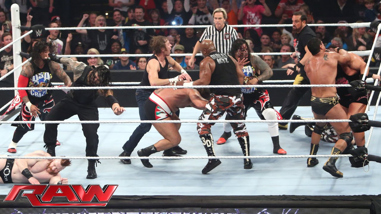 Photo of 16-Man Elimination Fatal 4-Way Elimination Tag Team Match: Raw, December 7, 2015