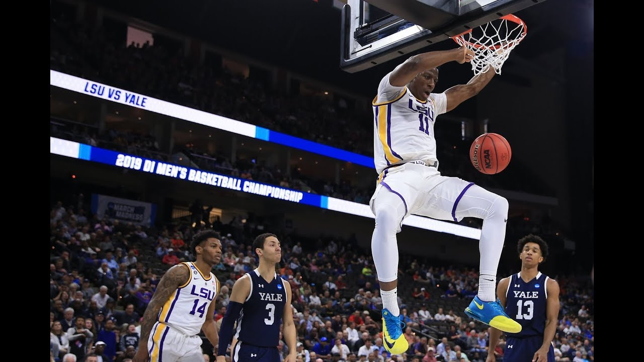 Photo of Thursday's top dunks from the 2019 NCAA tournament