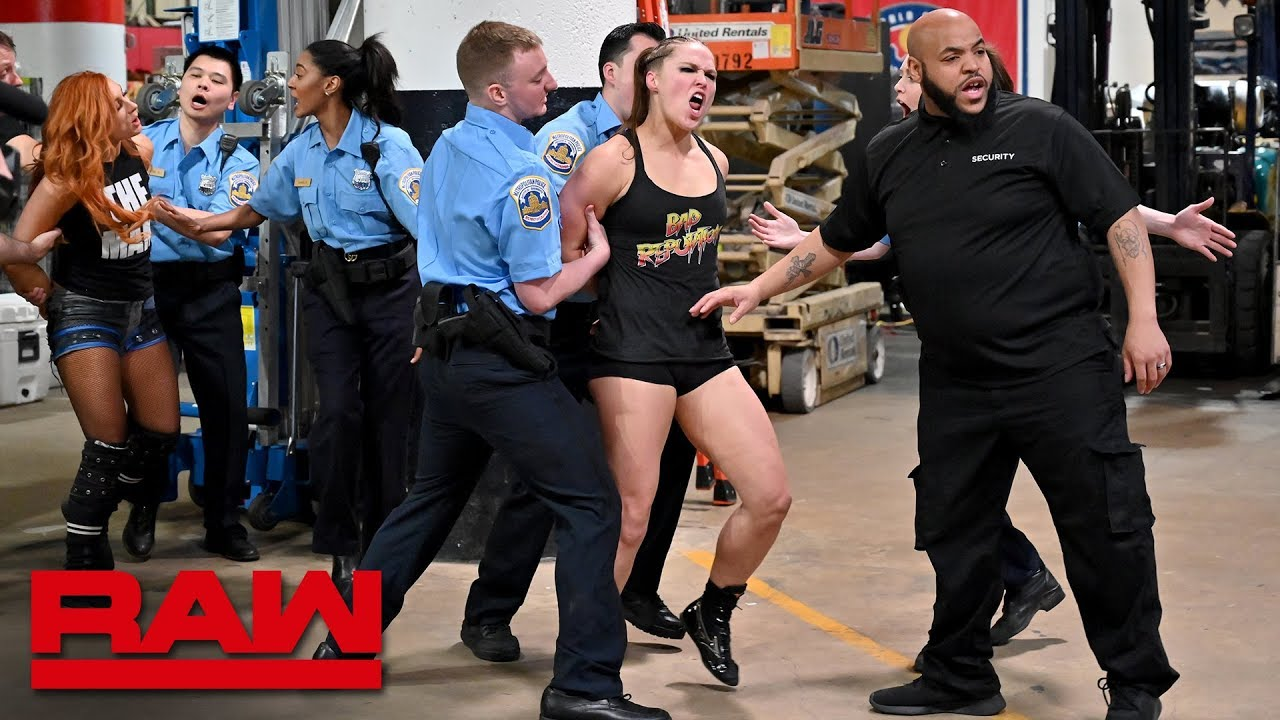 Photo of Ronda Rousey, Becky Lynch and Charlotte Flair are arrested: Raw, April 1, 2019