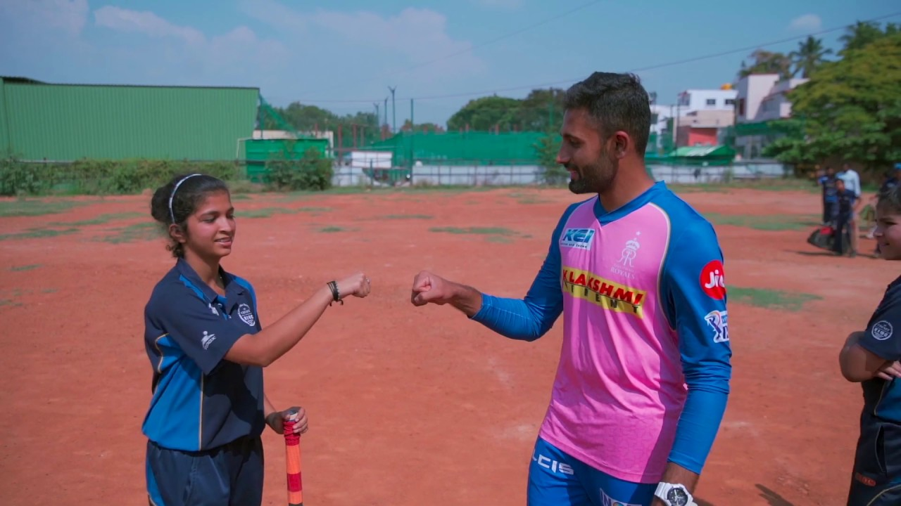 Photo of Gully Cricket With Shreyas | IPL 2019 | Rajasthan Royals