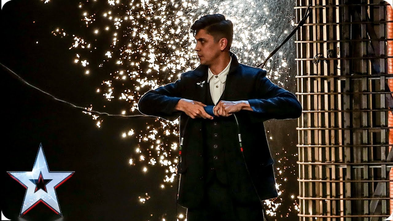 Photo of Ben Hart's MIND-BLOWING Victorian magic leaves Judges speechless | Auditions | BGT 2019