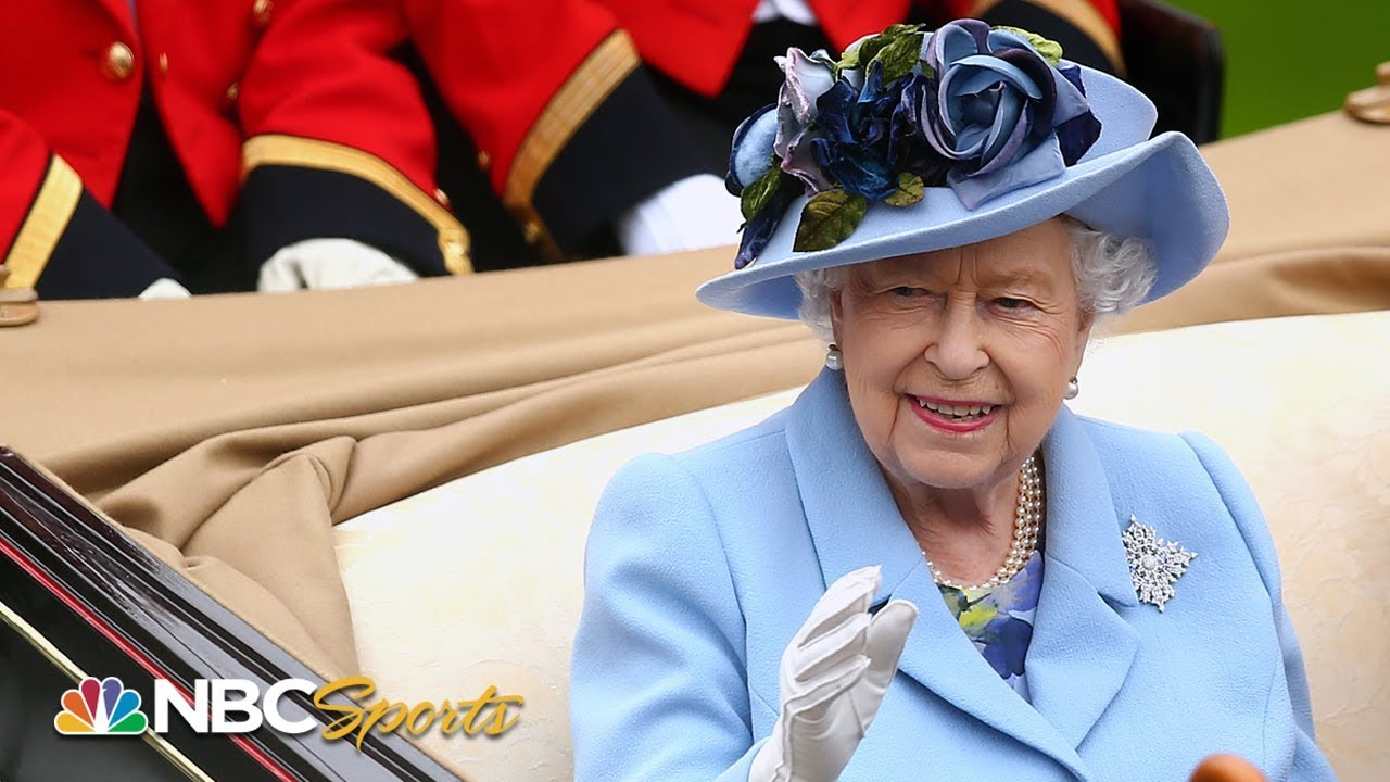 Photo of Queen Elizabeth II leads royal procession at 2019 Royal Ascot | NBC Sports