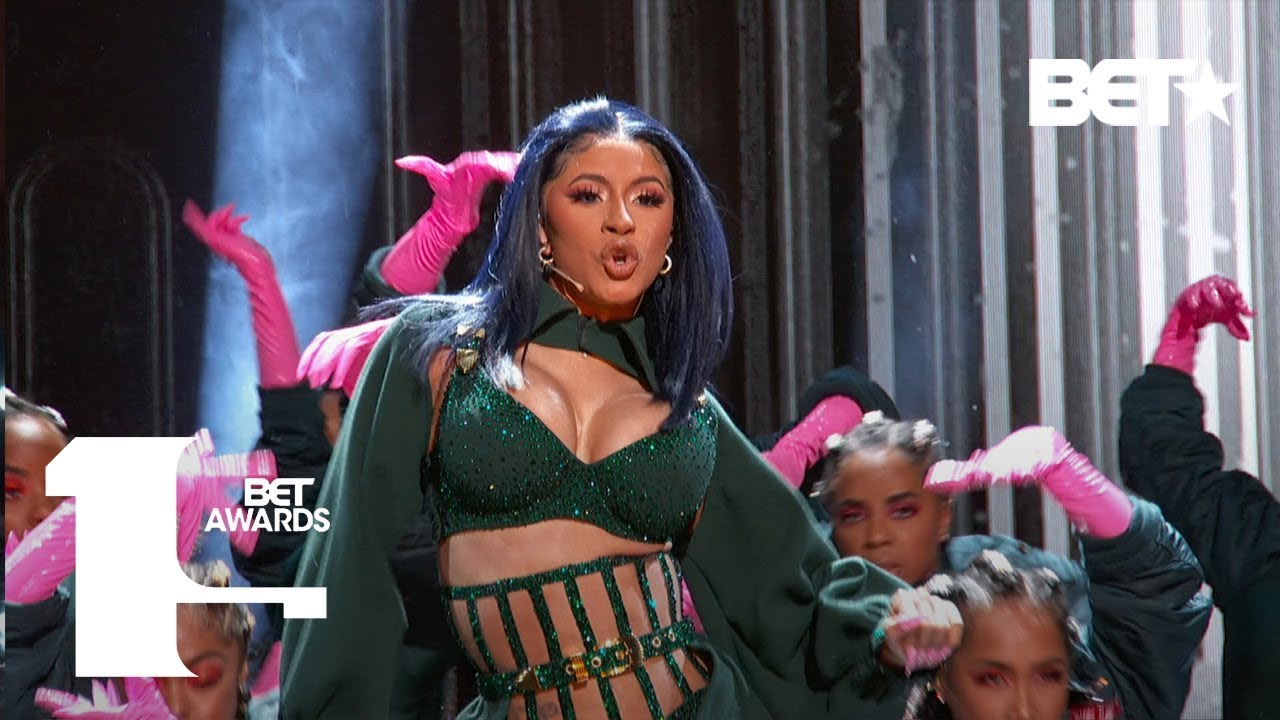 "Photo of Cardi B & Offset In FIRE ""Clout"" & ""Press"" Performance At The BET Awards! 